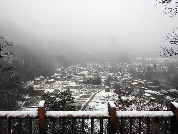 今日は白川郷へ! 雪もあり、最高1