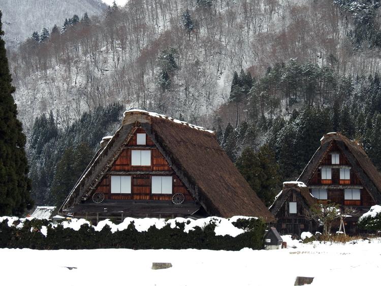 12月9日 ユネスコの世界遺産(文化遺産) に登録されました日 白川郷10