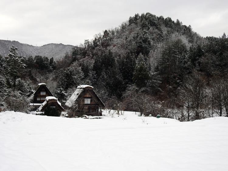 おとぎ話のような、幻想的な非日常の旅へ 白川郷5