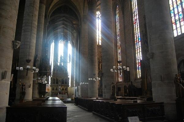 church-92811_1920.jpg