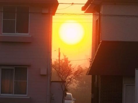 ③2017年10月12日の霧と朝日 003-1
