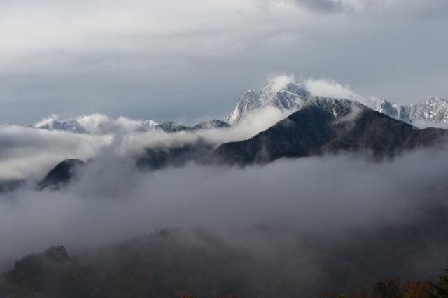 霧と雪とのコラボ・・・甲斐駒ヶ岳-02