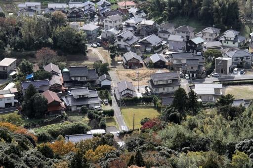 茶臼山山頂から見た山代郷南新造院跡