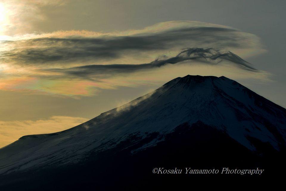 「富士と語らう」 山中湖