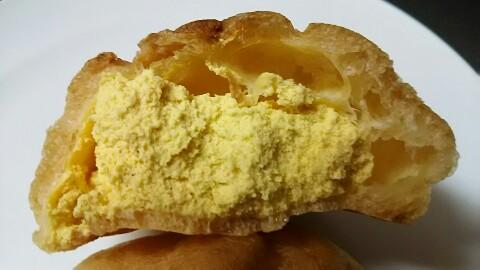シナモン香るパンプキンのシュークリーム (2)