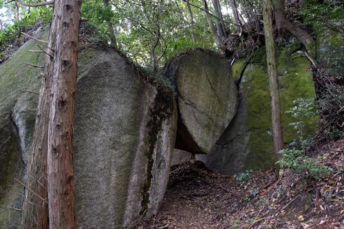 291104 岩石山5