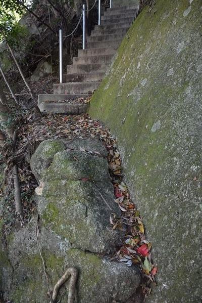 291104 岩石山10