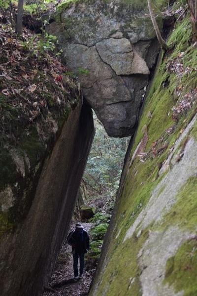 291104 岩石山13