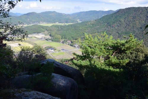 291104 岩石山15