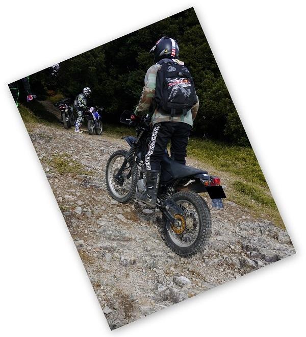 テラノ坂のテマエの坂ツー1711-026b
