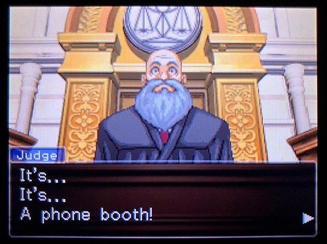 逆転裁判2 北米版 Where was a telephone booth?33