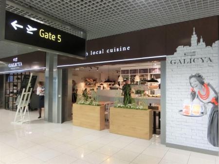 クラクフ空港のカフェレストラン6