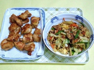 171204_4987 鶏モモの唐揚げ・豚肉と野菜の中華炒め_VGA