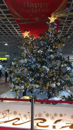 福井駅恐竜クリスマスツリー