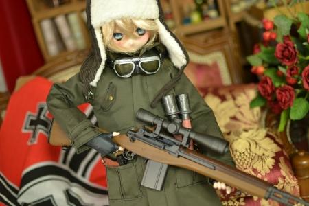 ターニャ少佐-戦闘服っぽい-2