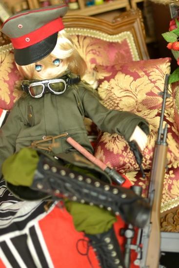 ターニャ少佐-戦闘服っぽい-5