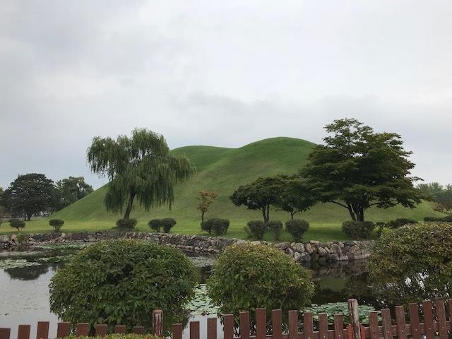 10月11日 御神事 慶州 古墳公園2