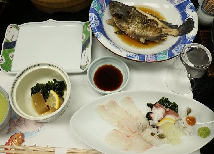千年松で昼の食事 29.10.19