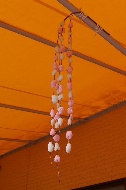 テラスに柳餅も飾りました 29 12 27
