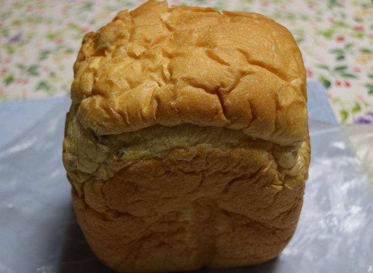 焼き上がったばっかりのパンも戴き 29 10 11