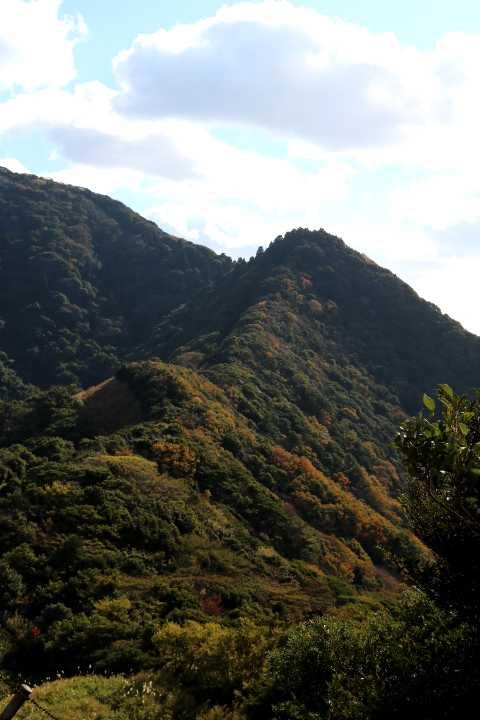 IMG5794JPG妙見山を振り返る