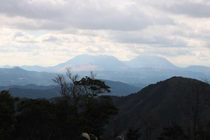 IMG6332大平山鶴見岳がJPG