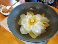百済 プヨ 蓮の花