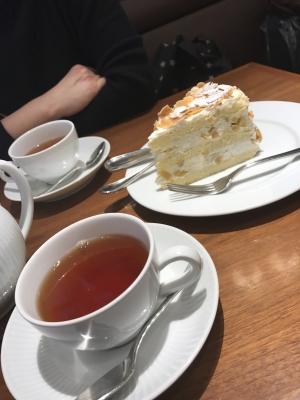 紅茶とマロンカスタードケーキ