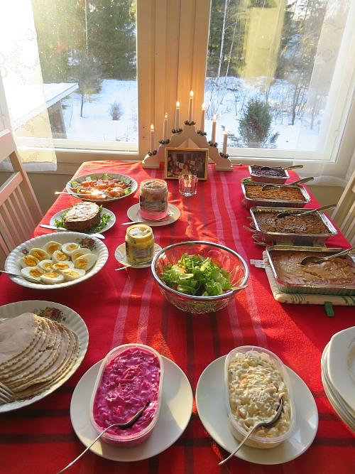 フィンランド クリスマス Joulupöytä