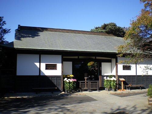 石川酒造・長屋門