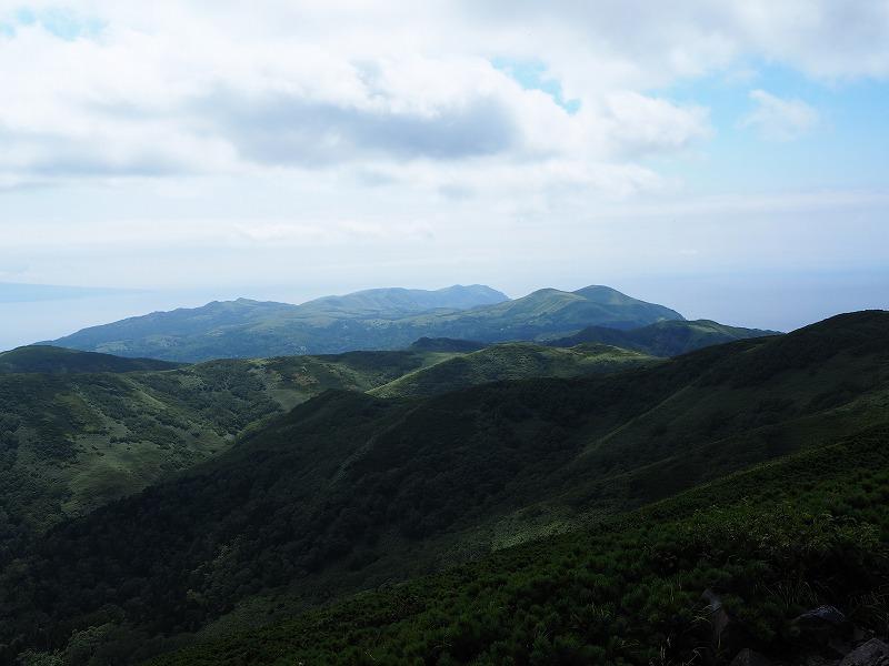 礼文山頂南望