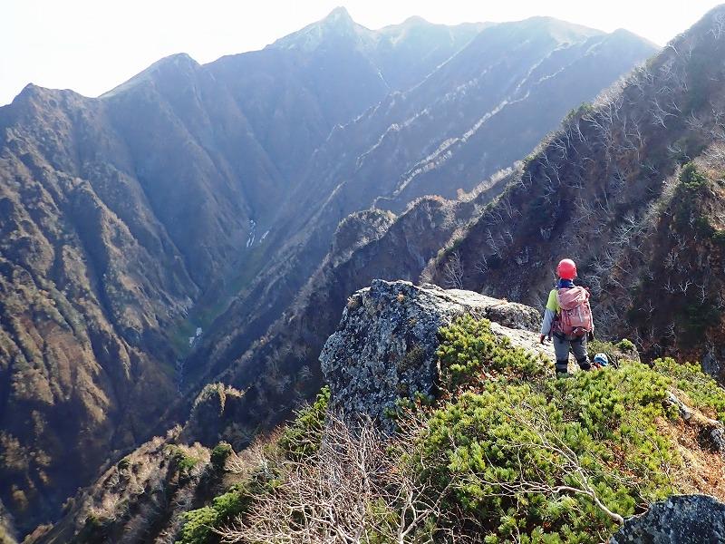 北峰から芦別岳