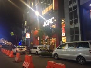 kfc_yangon_chicken_junctionsquare03.jpg