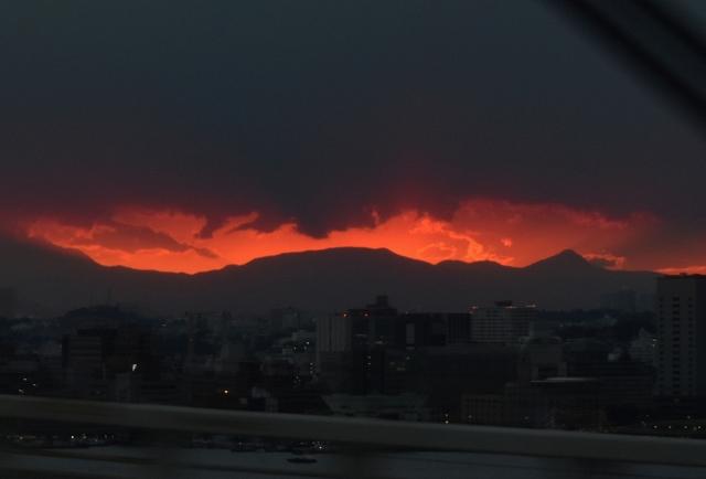 真っ赤な夕陽201711040000-2