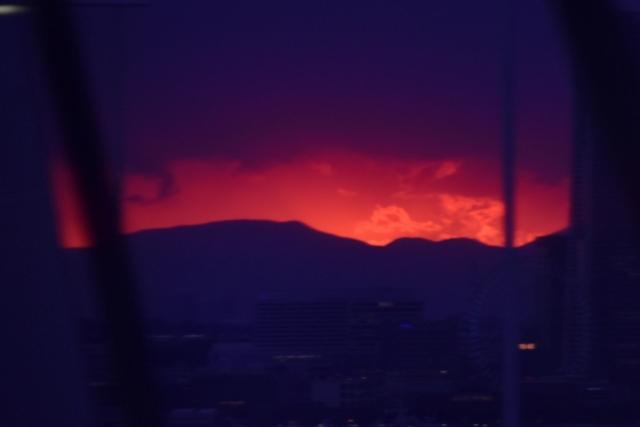 真っ赤な夕陽201711040001