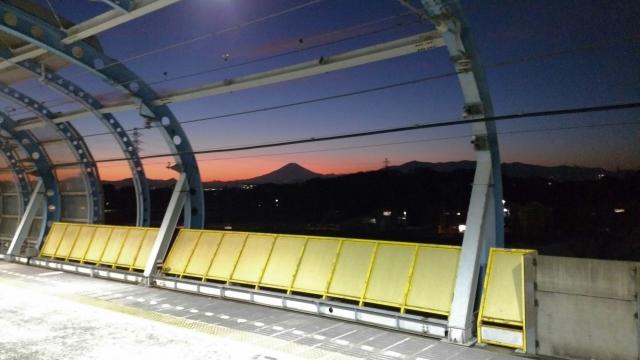ゆめが丘駅 富士山