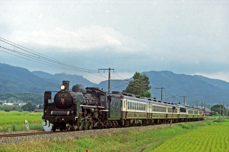 FNO0207_30_C57180_020810_A-WAKAMATU_HIROTA.jpg