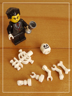 LEGOHalloweenHaunt03.jpg