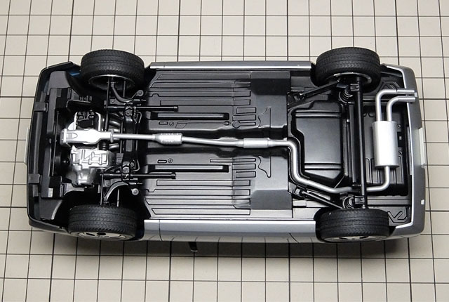 5775 CR-X シャシー裏 640×430