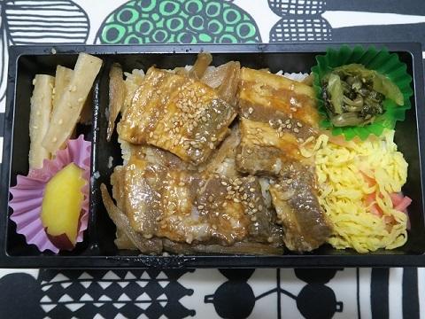 171129_黒豚角煮弁当2
