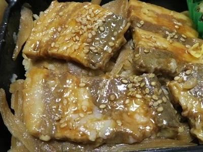 171129_黒豚角煮弁当4