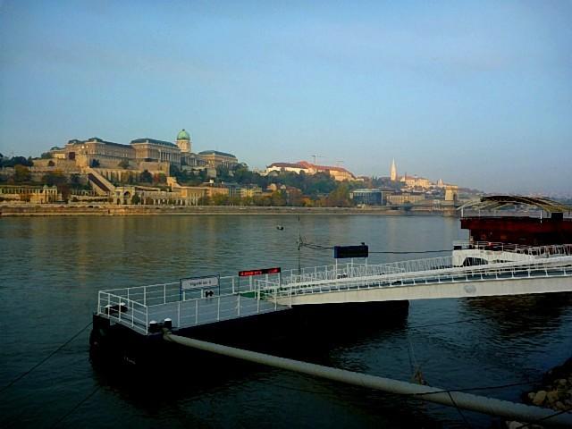 2017_Budapest_P1_03.jpg