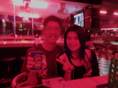【パタヤ おじぃ ひとり旅】 ブッカオ バービア娘 ホテルでイサーン踊り Kwang ちゃん3 (2)