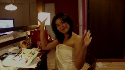 【パタヤ おじぃ ひとり旅】 ブッカオ バービア娘 ホテルでイサーン踊り Kwang ちゃん1