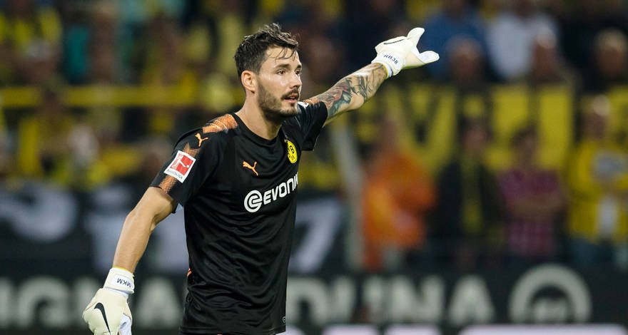 Roman Bürki extends BVB contract until 2021