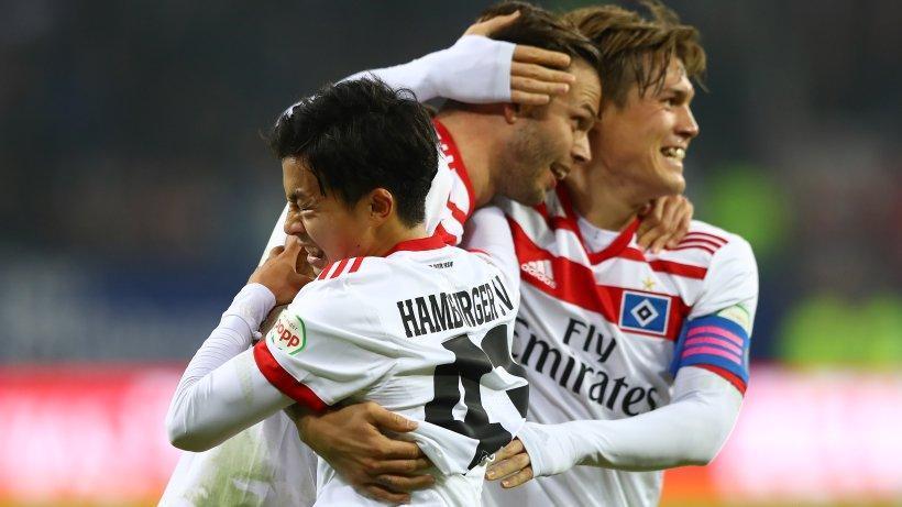 Ito erklärt Diekmeier die große weite Welt des Fußballs