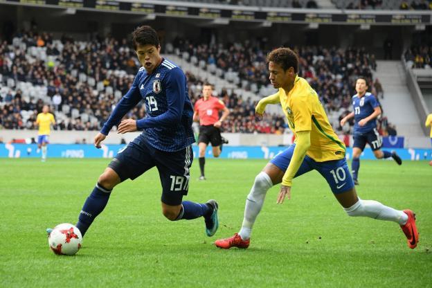 Neymar (PSG) et Sakai (OM) ont rejoué le Classique durant le match amical Japon-Brésil
