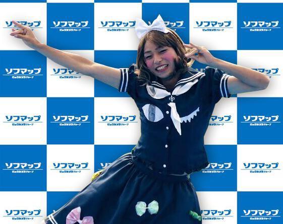 kobayashi yu cross-dressing