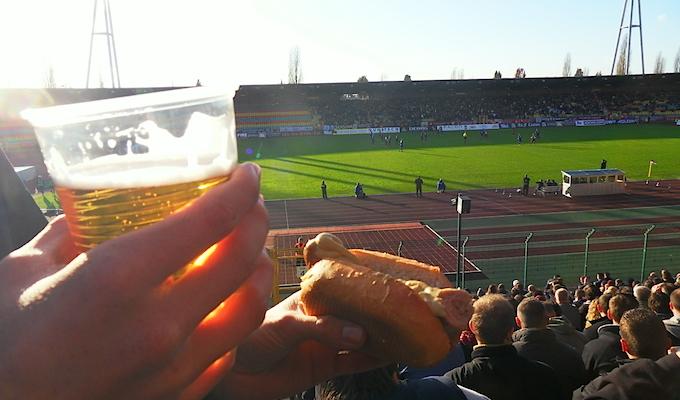 Bier und Bratwurst