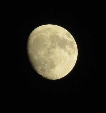 13夜の月2